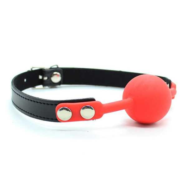 Ballknebel mit Leder-Design-Gurt Rot